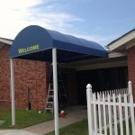 Round Marquee w/ Signbanner & Graphics